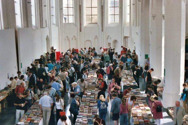 boekenverkoop-caermersklooster